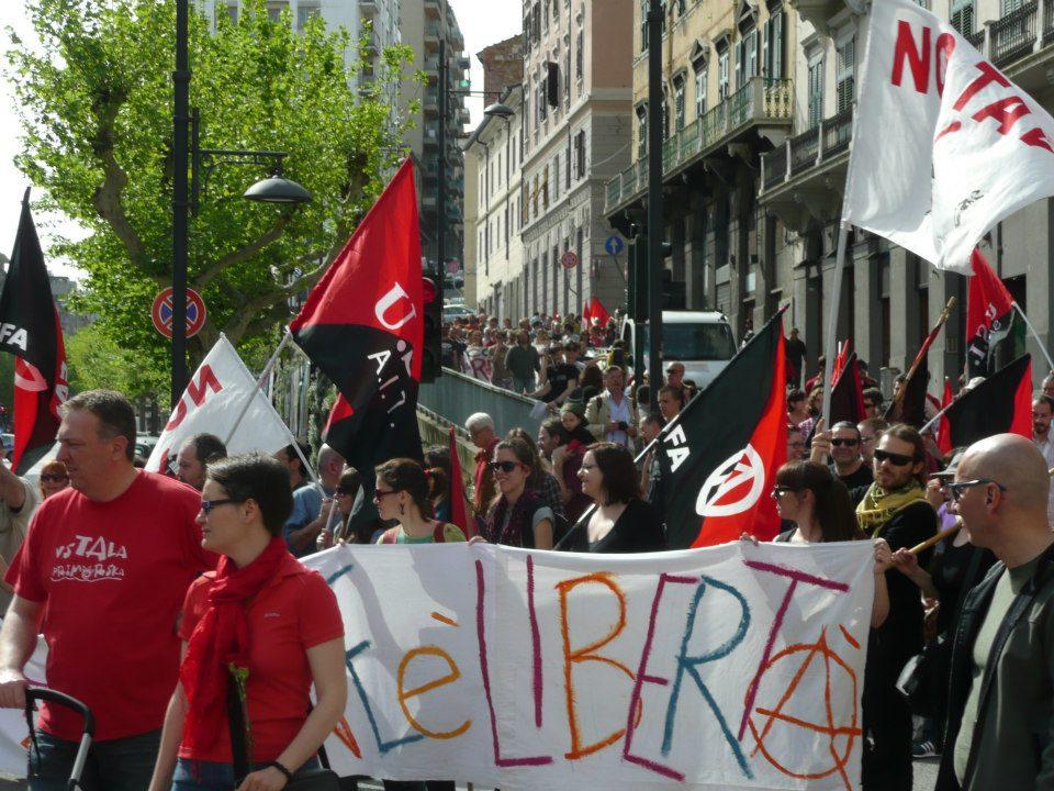 Анархисты 1 мая 2013 года (3)