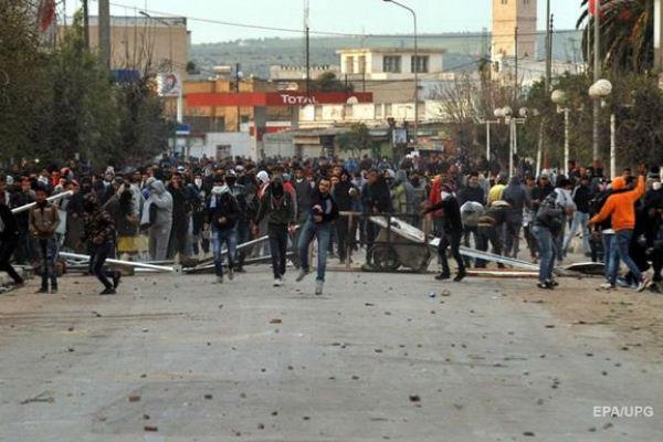 Социальные протесты в Тунисе