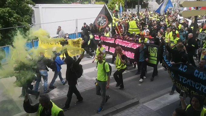 """Желтые жилеты"" отметили полгода протестов"
