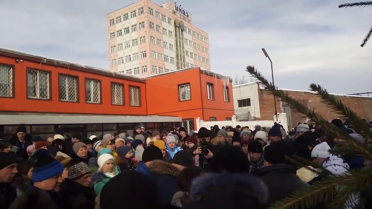 Усть-Катав: Стихийная стачка рабочих