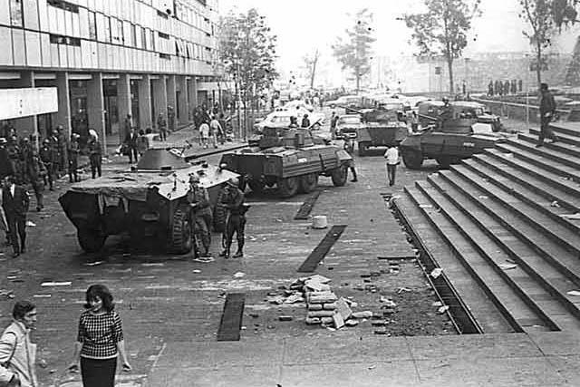 """1968 год в Мексике: К 50-й годовщине """"бойни в Тлателолько"""""""